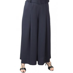 Culottes with pleated waist...