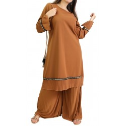 Loose tunic with pleated...