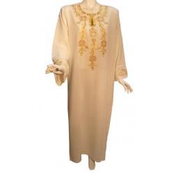Leyla dress color off-white...
