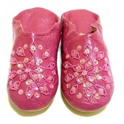 Moroccan artisan slipper...