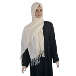 Large shawl in off-white...