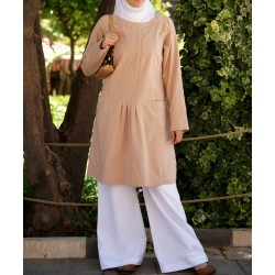 Wide tunic with pockets -...